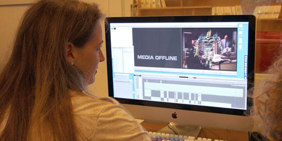 Angeline Brétéché (TF1), formation Avid MediaComposer initiation - octobre 2011. Video Design Formation, Paris.