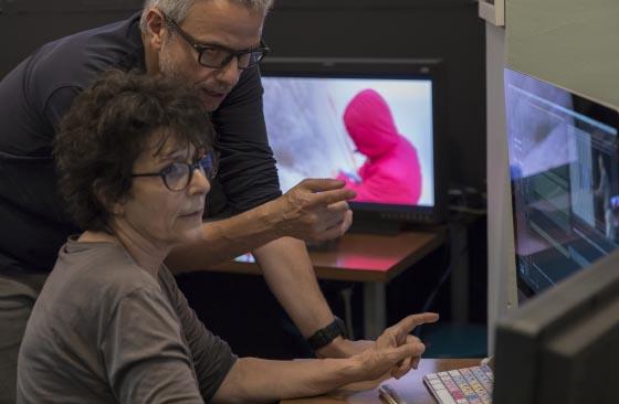 Séance de trucage-habillage. Formation Avid Perfectionnement Pro, avec Louis Goldschmidt (formateur) et Josiane Zardoya, chef monteuse. Juin 2018.
