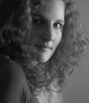 Emmanuelle Jay, monteuse doc et fiction, enseignante et formatrice en montage.