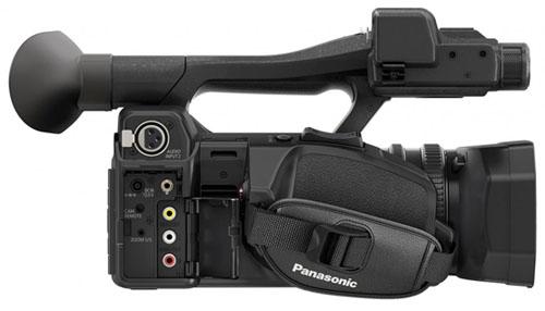 """Le caméscope Panasonic HC-X1000 propose une connectique assez complète : XRL, HDMI, usb, composite et composantes, """"wifi""""..."""